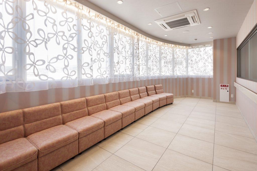 2F 待合ホール